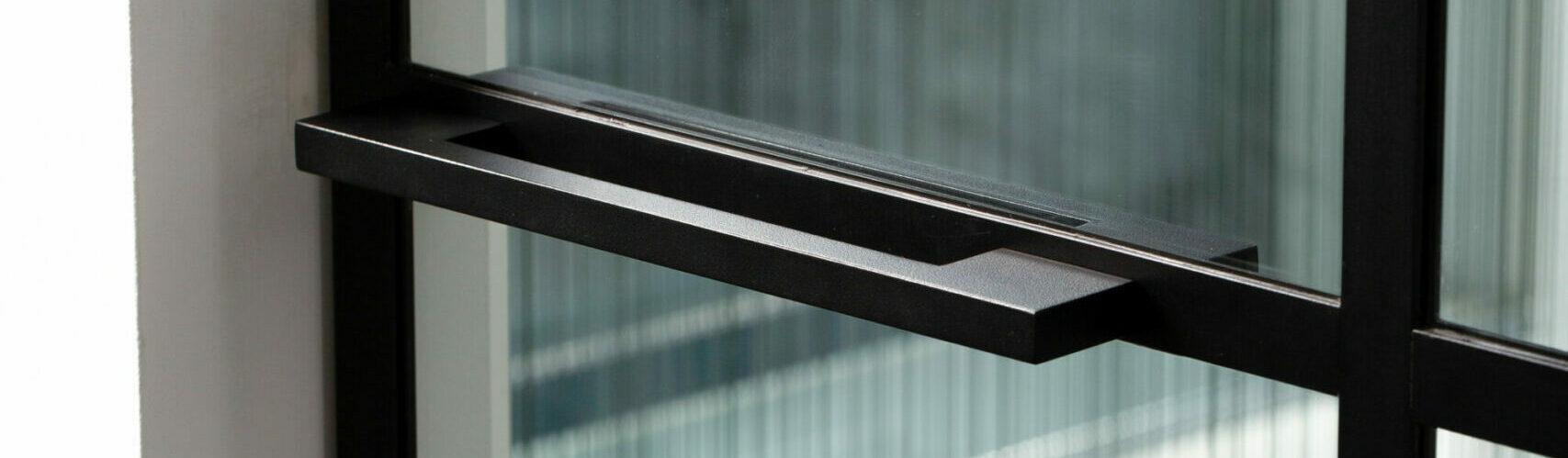Glazen deuren: schuifdeur in glas
